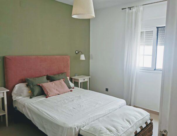 Conil, apartamento-Aba Dalí Tropical, habitaciones