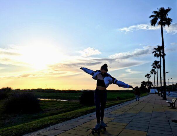 Conil, Experiencias, skate, nomadas digitales. Puesta de sol.